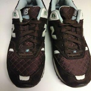 New Balance Women's Athletic Shoes Size:9